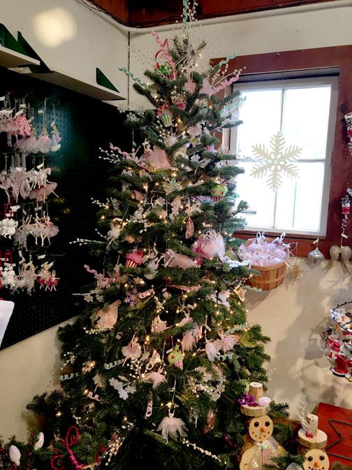 The Gift Shop At Little Hills Christmas Tree Farm In
