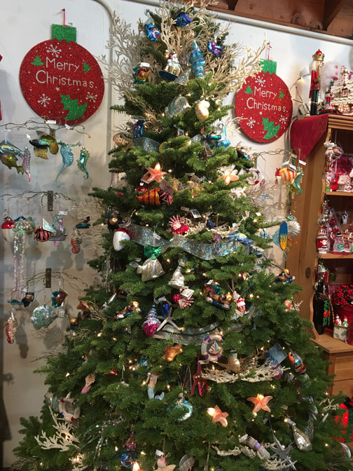The Gift Shop at Little Hills Christmas Tree Farm in ...